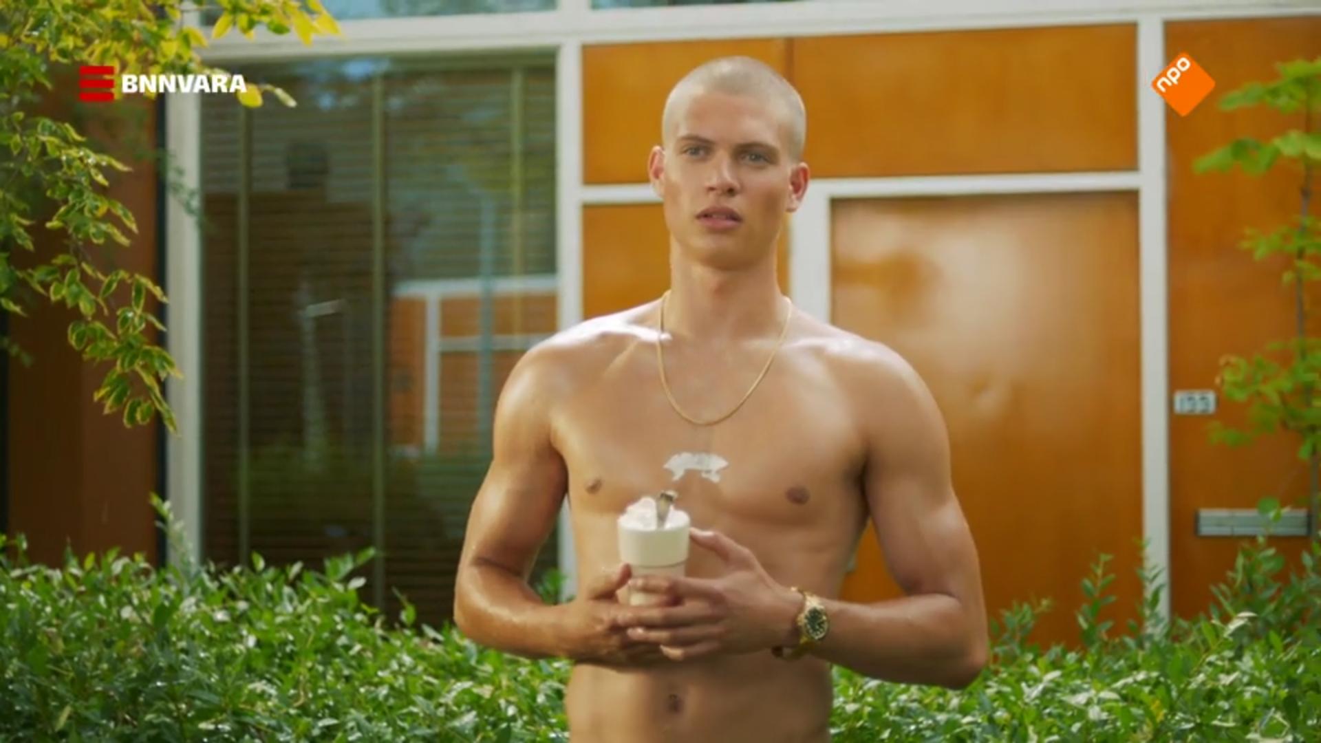 Josha Stradowski as Joris in Dutch young gay romance, Gewoon Vrienden